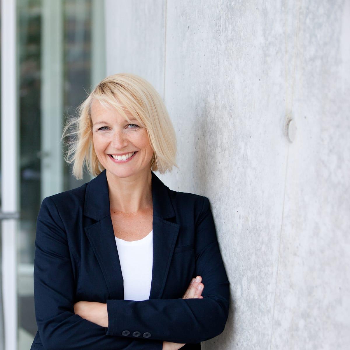 Diana Hofmann